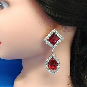 Red/white oval square rhinestones earrings